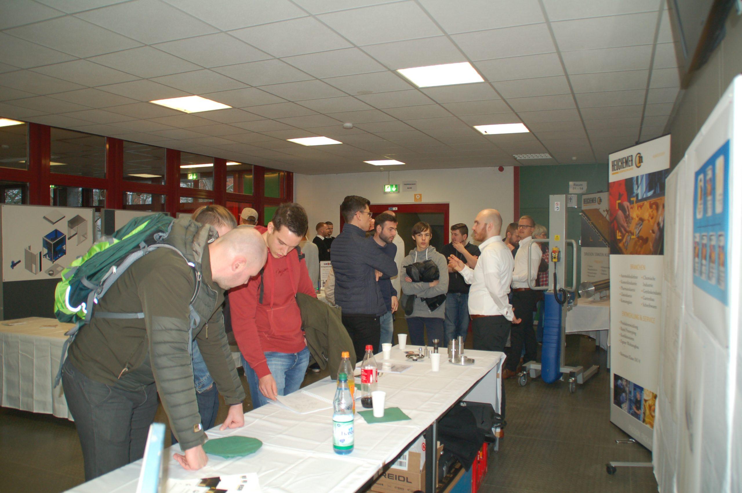 Projektpräsentationen der Fachschule für Technik